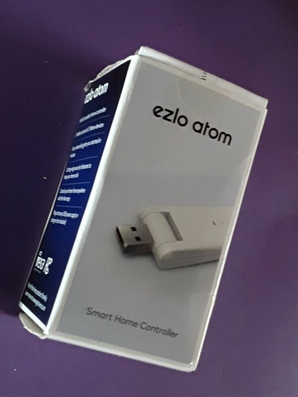 Vera Ezlo Atom Z-Wave Plus USB Smart Home Control Hub new opened box