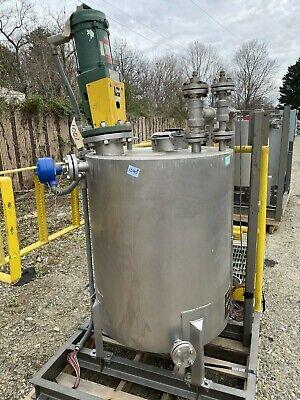 100 Gallon Stainless Mix Tank With Lightnin Mixer Model Xdc30