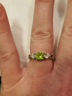 925 NV Avon adjustable green w/2 clear stones round