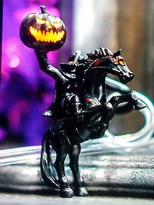 Disney Disneyland Dca Headless Horseman Light Up Straw Halloween   Carry Clip