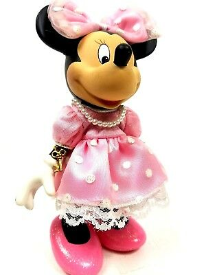Minnie Mouse Original Outfit (Disney MINNIE Mouse Porcelain Doll Figure in Pink Outfit and Pearls)