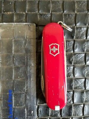 - Victorinox Swiss Army Knife- Classic SD -Red- GOOD SHAPE #181