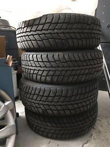 4 pneus d'hiver 205/60/16 pour Hyundai-Kia-Honda-autre