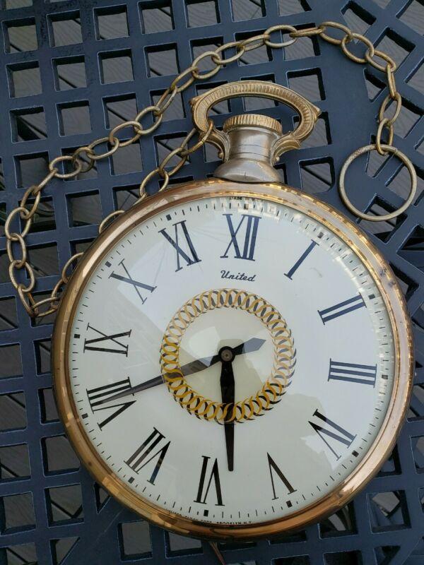 Vintage 1962 United Clock Corp Large Pocket Watch Style Clock Model 47 Works!