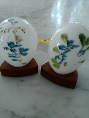 VICTORIAN STYLE HAND PAINTED GLASS EASTER LILY GLASS STARTER GOOSE EGGS