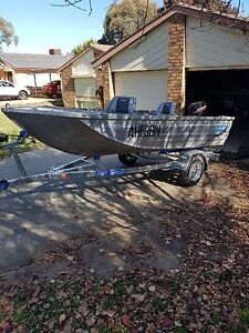 Aluminium Runabout boat - 4m with brand new trailer. Canberra City North Canberra Preview