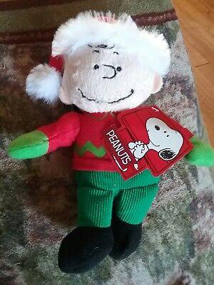 Charlie Brown w/Santa Hat Peanuts Christmas Plush Clip on hang him anywhere NEW