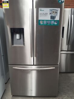 Hisense 630l French door fridge with water dispenser 1 yr warrant