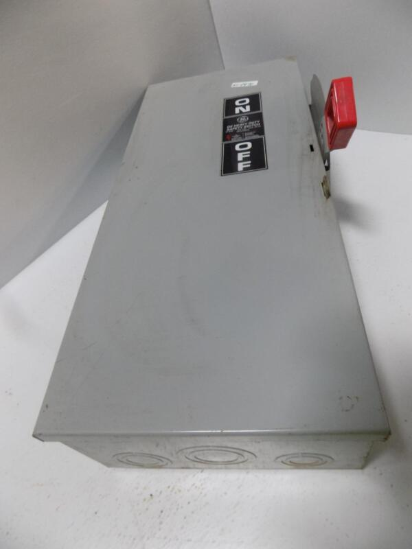 GENERAL ELECTRIC SAFETY SWITCH ENCLOSURE 60AMP MODEL 10 TH3362