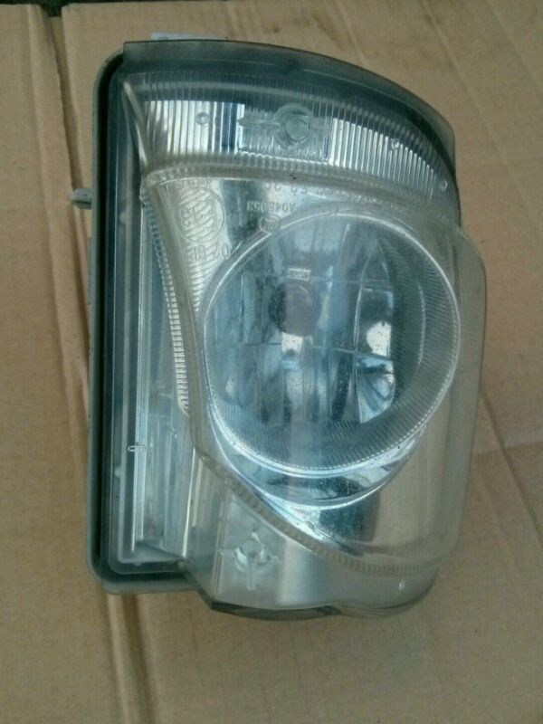 GENUINE O/S/F DRIVER SIDE FRONT FOG LIGHT LEXUS IS220D IS250 2006-2009