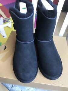 UGG brand new 2colors size us 5/6