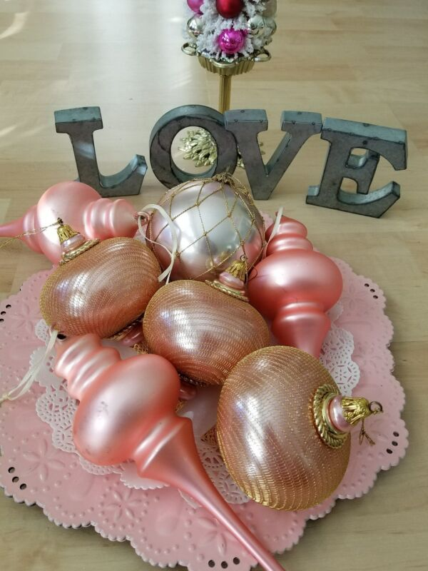 VINTAGE LOT OF 7 JUMBO PINK VALENTINE ORNAMENTS 5-7 INCHES