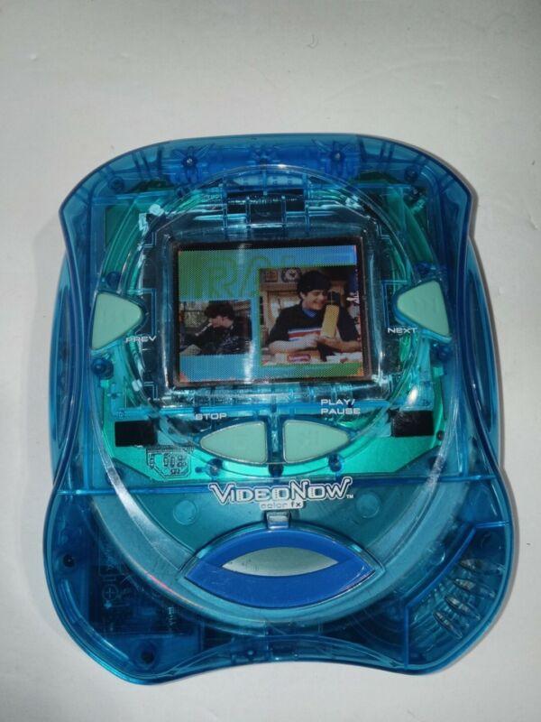 2006 Tiger Electronics VideoNow Color FX Blue Ice Video w/ Drake&Josh