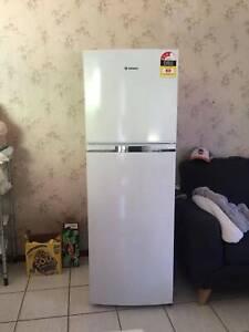 westinghouse fridge working good