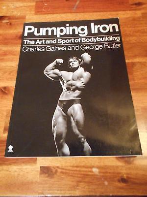 PUMPING IRON bodybuilding muscle book ARNOLD SCHWARZENEGGER (Sphere) 1991
