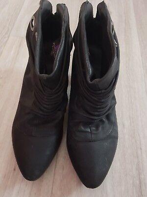 Schwarze Stiefel Frauen (°°☆ Schuhe Absatz schwarz Stiefeletten, Gr. 40 Frauen Stiefel schick☆°°)