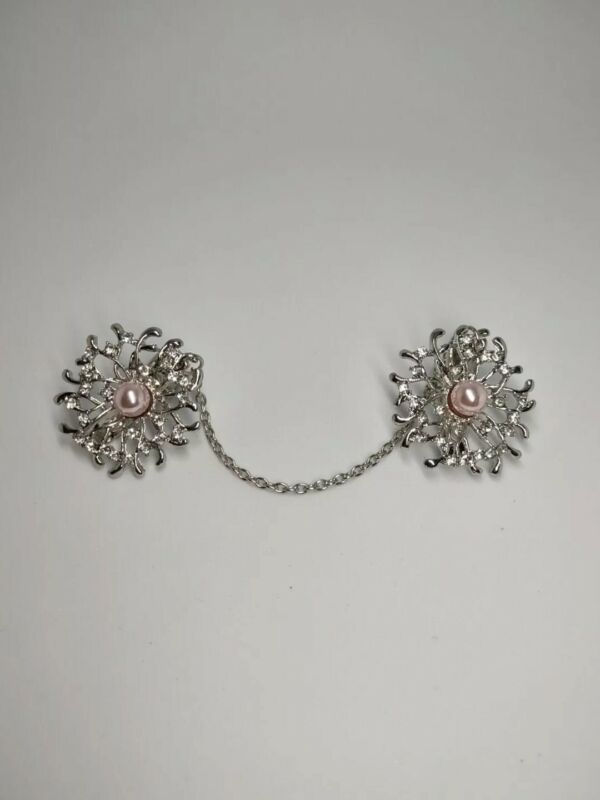 Vintage Jewelry Silver Tone Sweater Clip Flawers Faux Pearls & Rhinestone. 1926