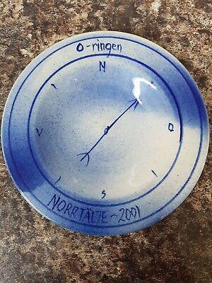 O-Ringen Compass Dish Ernst Heissenberger Furusunds Keramik Norrtalje Sweden