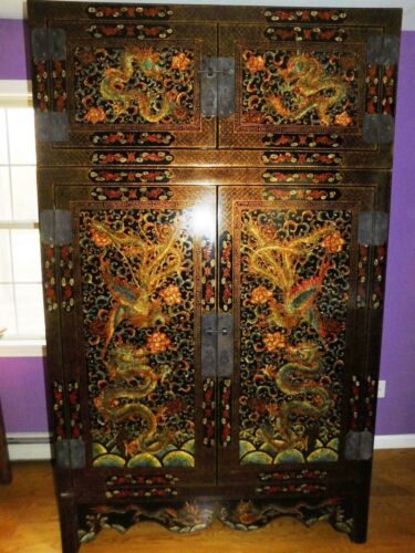 Large Asian Chinoiserie Black Lacquered Chest with Dragons and Phoenix Pictures