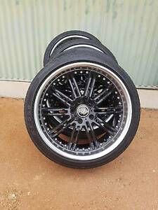 Holden Commodore 20 inch ve commodore staggered mags Waikerie Loxton Waikerie Preview