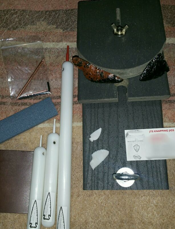 DELUXE FLINT KNAPPING JIG KIT WITH (DELRIN ROD FLAKER SET)