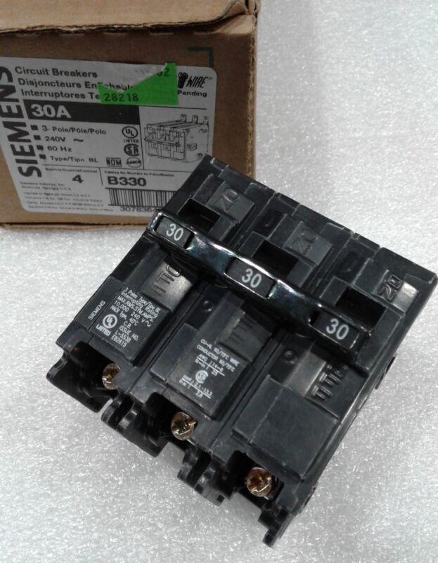 B330 SIEMENS / ITE  CIRCUIT BREAKER 3 POLE 30 AMP 240 VAC NEW!!!