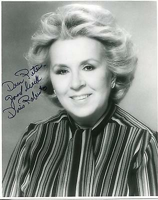 DORIS ROBERTS ACTRESS IN EVERYBODY LOVES RAYMOND & SOAP SIGNED PHOTO AUTOGRAPH