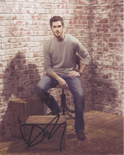 Dave Annable Signed Autographed 8x10 Photo Brothers & Sisters COA VD