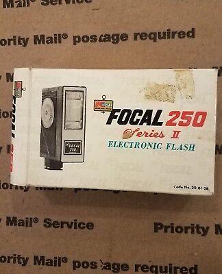 Вспышки Focal 250 Series 2 Electronic