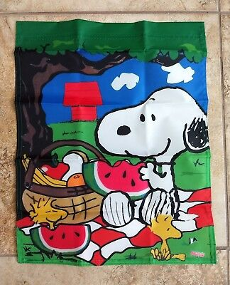 Snoopy Summer (Peanuts Snoopy Woodstock Picnic 14x18 inches Garden Flag)