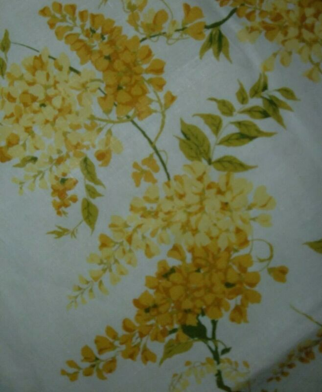 VINTAGE TABLECLOTH FLORAL YELLOW