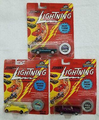 Johnny Lightning The Challengers Lot Of 3 Cars  Nip    G8