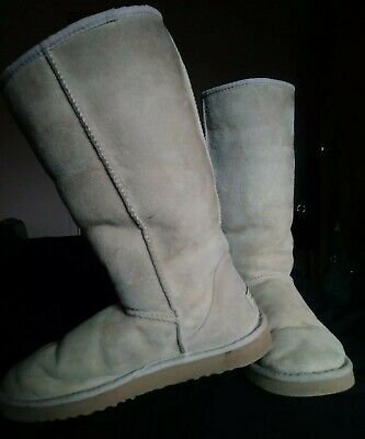 Ugg Tall Boots Size 7 Tan