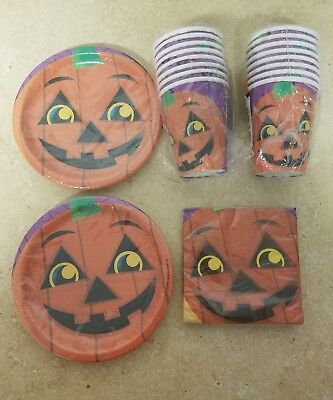 Halloween Party Supplies for 16.  Plates, cups, and napkins - Halloween Plates And Cups