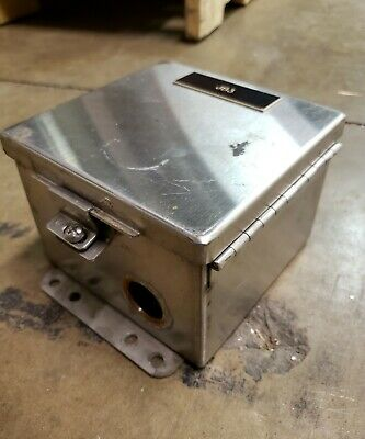 Cooper B-line Stainless Steel Junction Box - With Terminal Block 6x6x4