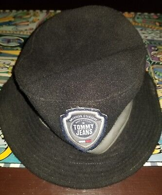d48a2450 Vintage Tommy Hilfiger Bucket Hat Black Flag Patch 90s VTG One Size Fits  All, used