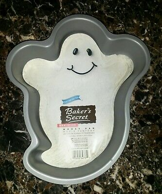 Won Halloween (New Baker's Secret Non Stick Halloween Ghost Pan #64737 Won't Stick - Easy)