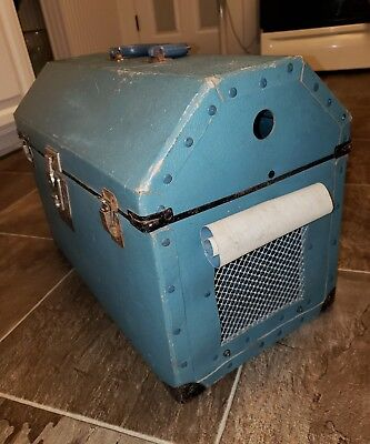 VINTAGE Retro Cool Alco Small Pet Carrier- Dog and  Cat Transport with Handle