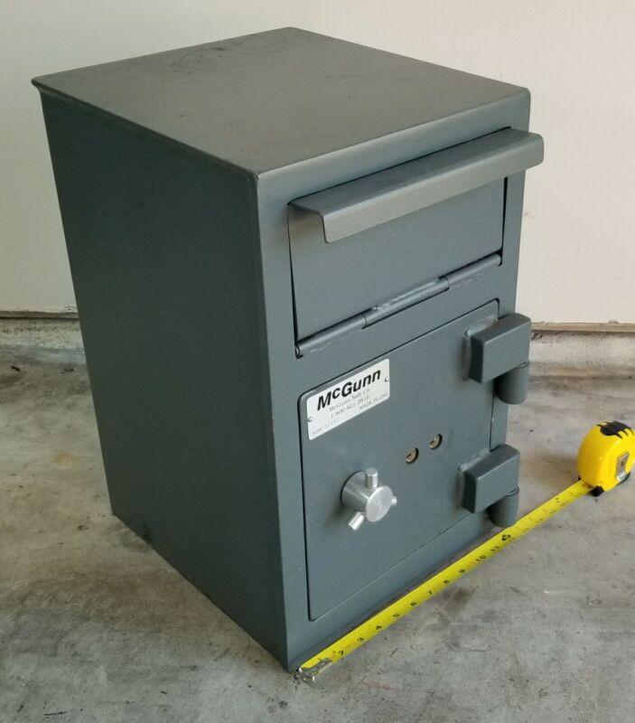 McGunn Mailbox Drop Deposit Safe - Heavy Steel - w/ 2 Keys - Local Pickup Only