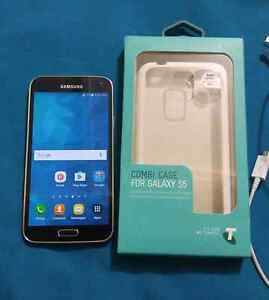 Samsung Galaxy s5 like new black unlocked Seaton Charles Sturt Area Preview