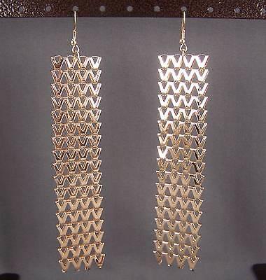 Gold tone dangle liquid mesh metal 4.75