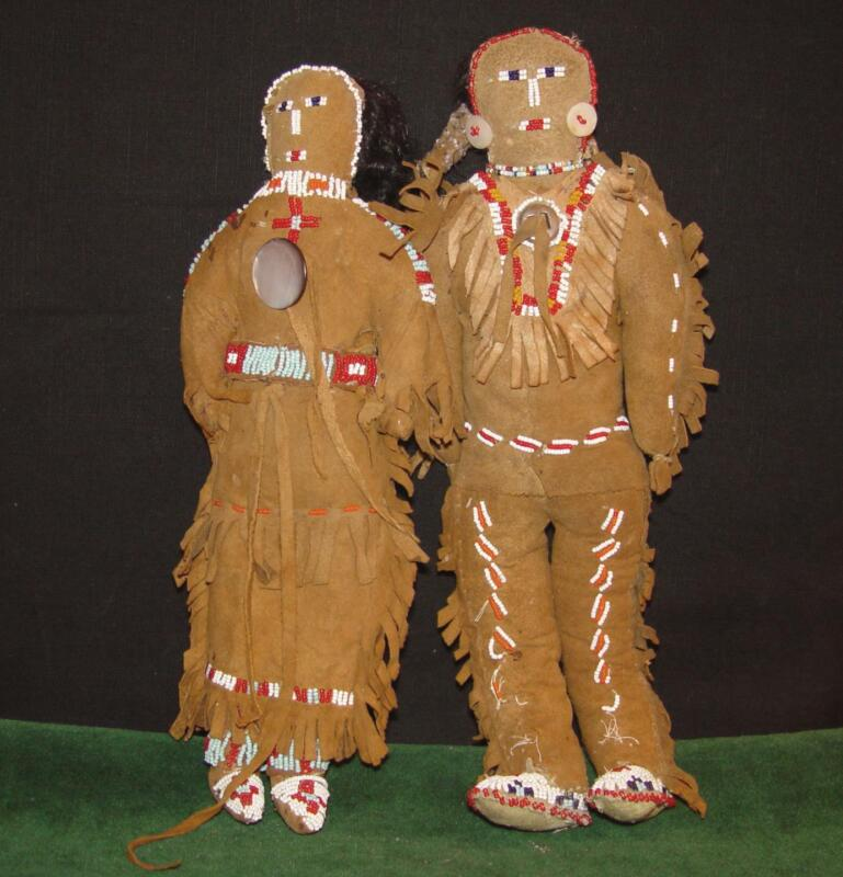 Antique SIOUX COUPLE Native American Indian Beaded Sued Leather Dolls