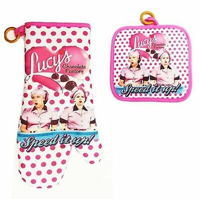 I Love Lucy Oven Mitt Pot Holder Chocolate Factory NEW WITH TAG FREE SHIPPING
