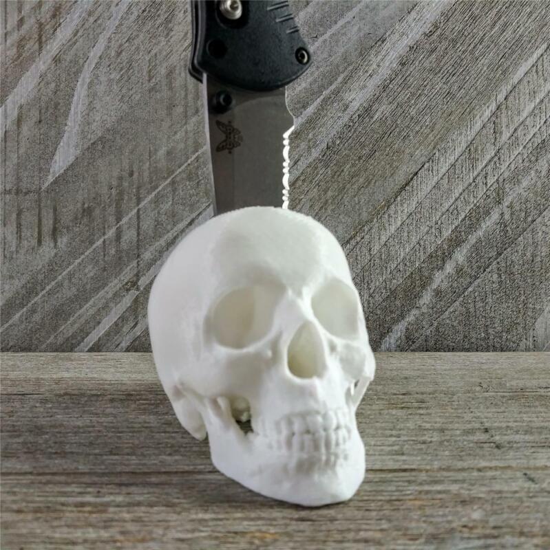 Skull Knife Display Stand Fits Most Medium/Large Folders Multiple Color Options!