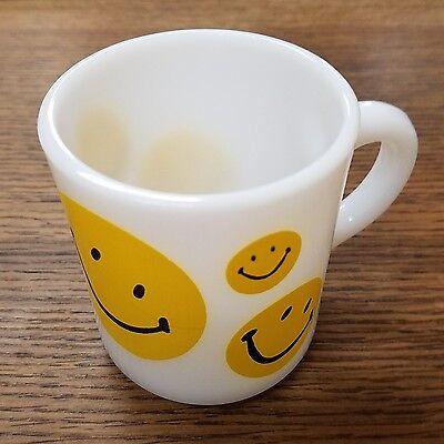 Vintage Milk Glass Yellow Smiley Faces Coffee Cup Mug