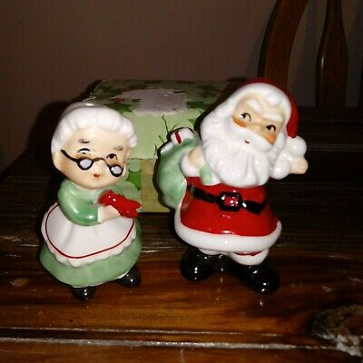 Vintage Japan Mr. & Mrs. Santa Claus Salt & Pepper Shakers Christmas New In Box Mrs Claus Salt