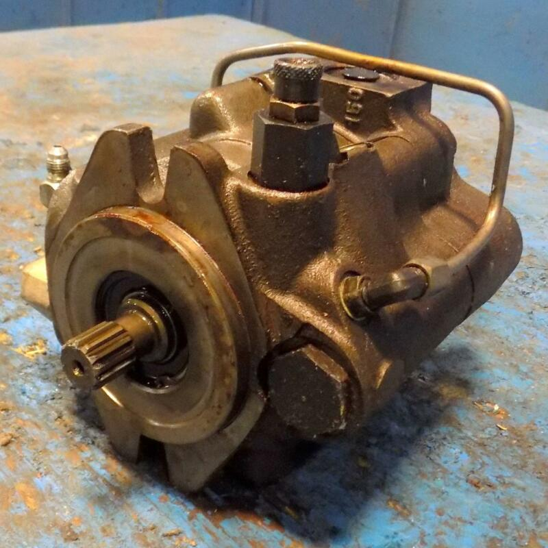 PARKER 3000PSI HYDRAULIC PUMP PAVC33BR42W26