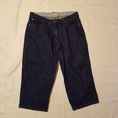 Women's IZOD Denim Blue Capri Jeans ~ Sz 14 ~ Dark ~ Cotton Blend Izod-denim