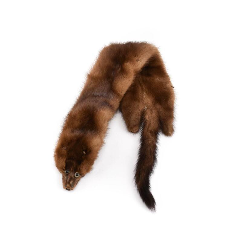 LINDNER COY: Brown, Genuine Mink Fur Collar/Scarf