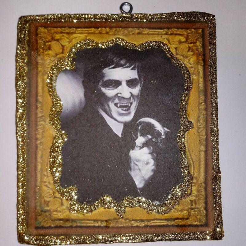 Vtg Image~~Barnabas Collins Dark Shadows~~ Halloween Glitter Wood Ornament